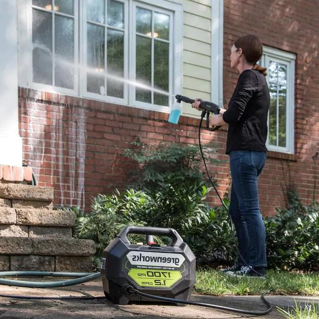 NEW Greenworks 1700-PSI 1.2-GPM Cold Water